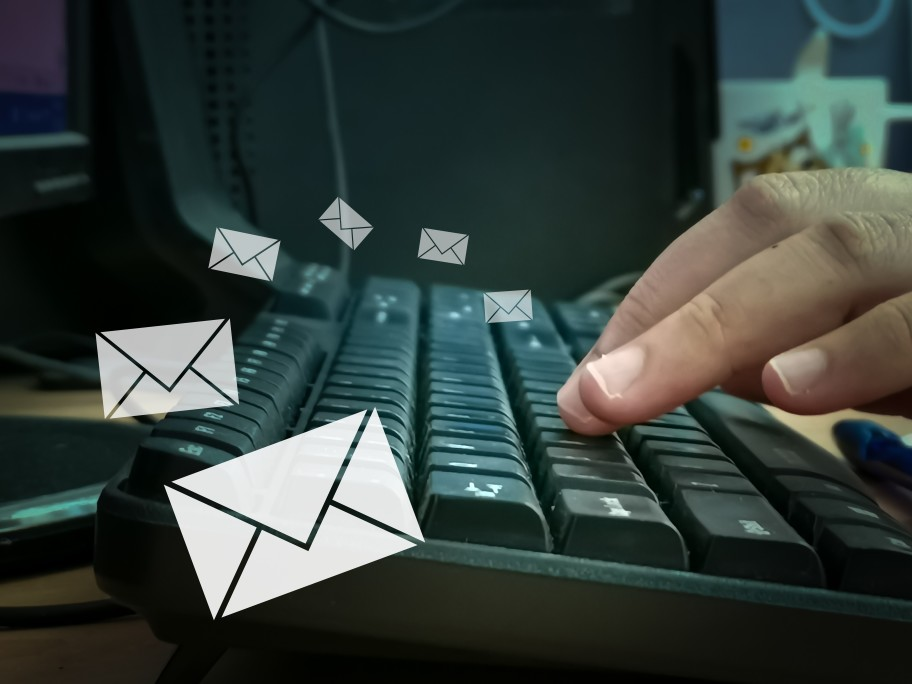 faire attention adresse email